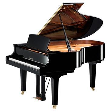 雅马哈钢琴C1X